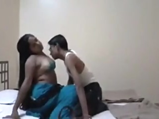 Kinky desi amateurs enjoy oral sex on the bed amateur indian straight video