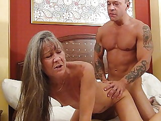 Derrick Attacks amateur blowjob hardcore video