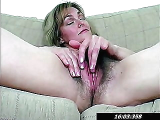 Hairy Pussy Of 42 Year Old Mommy Lydia blonde fingering hairy video