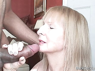 Poppy Gets Splashed mature handjob facial video
