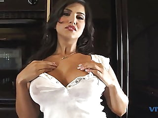 Vivid, Sunny Leone, Other Side Of Sunny Scene 1. blowjob fingering pornstar video
