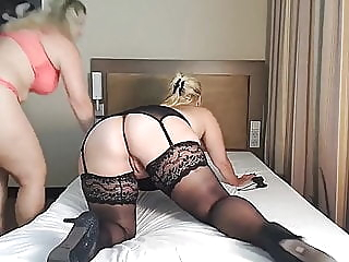 Curvy and Thick Cougar gets her ass worshipped! bbw lesbian mature video