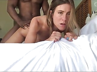 Hot Girl Screams Fuck That Pussy! blowjob creampie interracial video