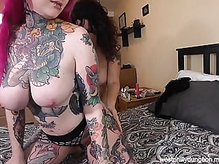 Slutty Creampie Threesome amateur blowjob creampie video