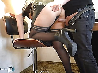 business woman in leather skirt has sex - business-bitch amateur cumshot upskirt video