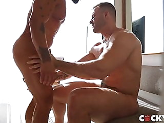 Austin Wolf & Brock Banks bareback (gay) big cock (gay) blowjob (gay) video