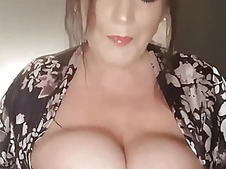 Suzanne, sexy UK MILF Slut milf british hd videos video