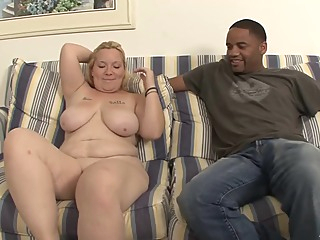 Curvy Milf Amateur Interracial Sex Video amateur big tits blonde video
