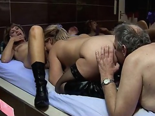 Grandpa And 2 Girls amateur big tits blonde video