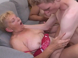 Moms And Grannies Having Sex With Boys amateur granny hd video