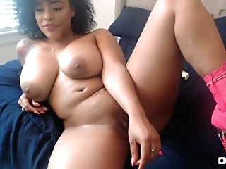 SexyThang big ass masturbation webcam video