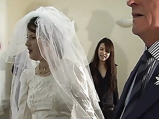 Fuck The Bride. English Amateur amateur group sex orgy video