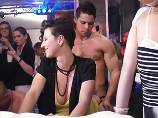 PARTY HARDCORE #71 PART3 blonde brunette european video