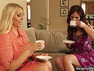 Karen Fisher & Syren De Mer & Bill Bailey in My Friends Hot Mom big butt big tits blonde video