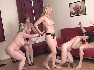 Mature Sex Party 4 hd group sex big dick video