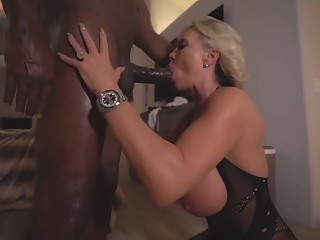 Wifey meets DFW fetish hd blonde video
