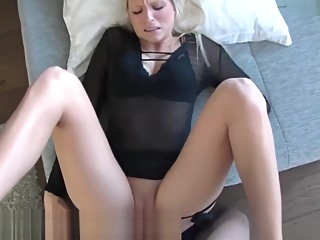 Schnuggie's SEXperiment anal babe german video