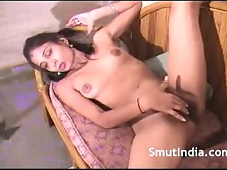 Indian GF Hairy Pussy fuckmyindiangf female friendly video