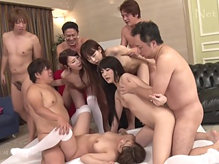 日本 Full HD Yummy Mama Japan JAVHoHo,Com UNCENSORED asian big ass group sex video