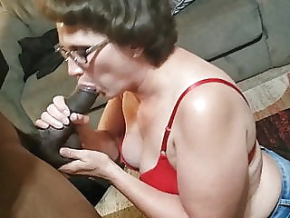 BBC Cocksucking MILF slut Denise blowjob milf granny video