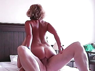 HOTEL MILF (HOTMILF: EPISOD 01) amateur hardcore milf video