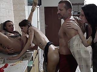 Perverse Family, Motel Massacre anal blowjob hardcore video