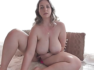 Beautiful chubby girl having fun on camera webcam bbw milf video