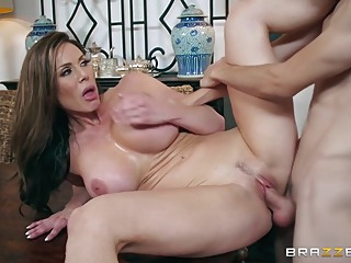 Kendra Lust 2311 amateur big tits brunette video