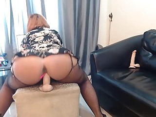 Perfect Ass Mature Webcam Hottie amateur bbw big tits video
