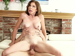 The anal MILF and the pool boy anal blowjob mature video