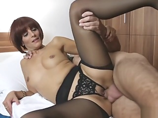 Rebecca, 35 ans, styliste big ass french handjob video