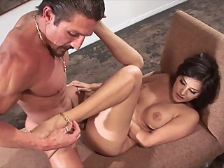 Sunny Leone fucks Tommy Gunn for a painting american big ass big cock video