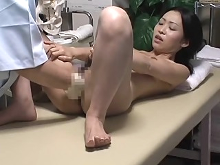 Spycam Reluctant Wife seduced by masseur asian massage voyeur video