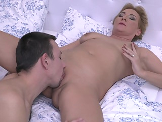 Attractive Blonde Milf Is Seducing A Young Man blonde hd mature video