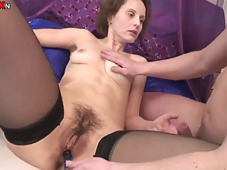 Hairy Mature Sex big ass brunette european video