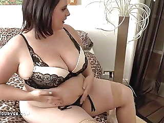 Busty big ass Sarah has an older woman encounter bbw lesbian milf video