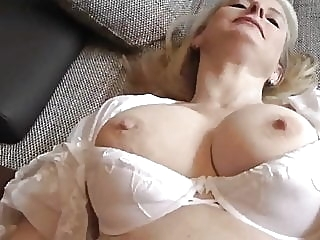 Cum in MUM blowjob mature creampie video
