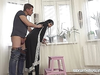 Hot Muslim woman doing extra cleaning amateur blowjob hardcore video