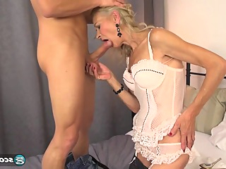 Pussy Is Loud When Its Getting Fucked anal big ass big tits video