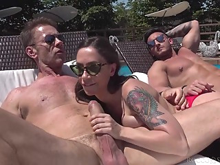 Malena is orgying by the swimming pool with friends who are as horny as she is anal big tits blonde video