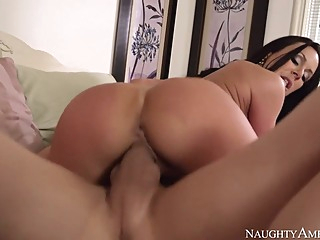Kendra Lust & Bruce Venture in My Friends Hot Mom big butt big tits blowjob video
